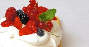 Pavlova fruits rouges